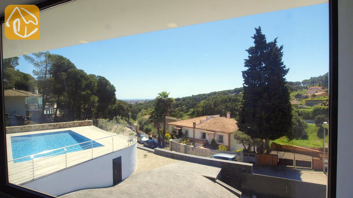 Holiday villas Costa Brava Spain - Villa Summertime - Swimming pool