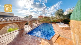 Holiday villas Costa Brava Spain - Villa Dorita - Swimming pool