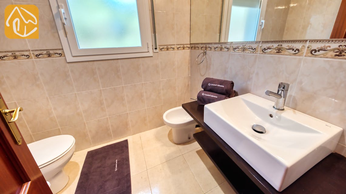 Holiday villas Costa Brava Spain - Villa Chanel - Bathroom