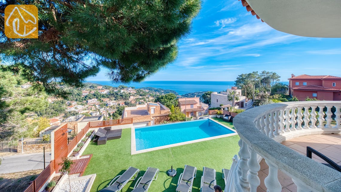 Holiday villas Costa Brava Spain - Villa Chanel - One of the views