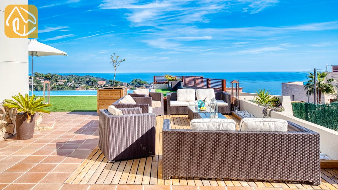Holiday villas Costa Brava Spain - Villa Chanel - Lounge area