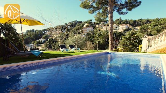 Ferienhäuser Costa Brava Spanien - Villa Noa - Schwimmbad