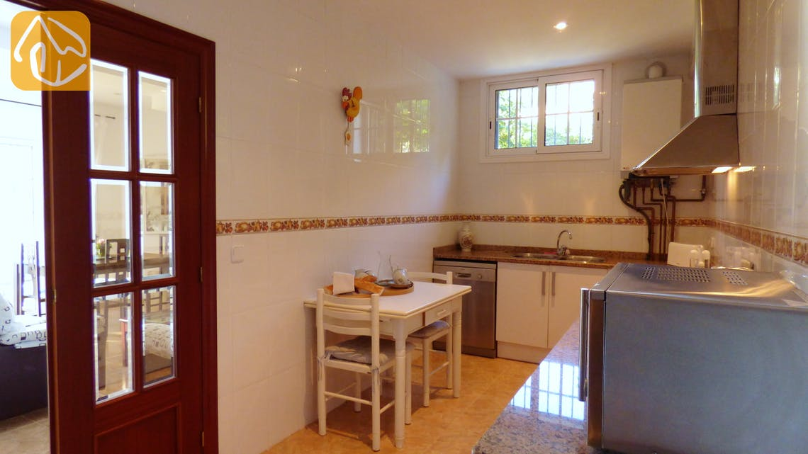 Holiday villas Costa Brava Spain - Villa Noa - Kitchen