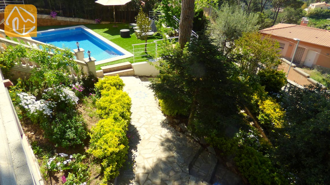 Holiday villas Costa Brava Spain - Villa Noa - Garden