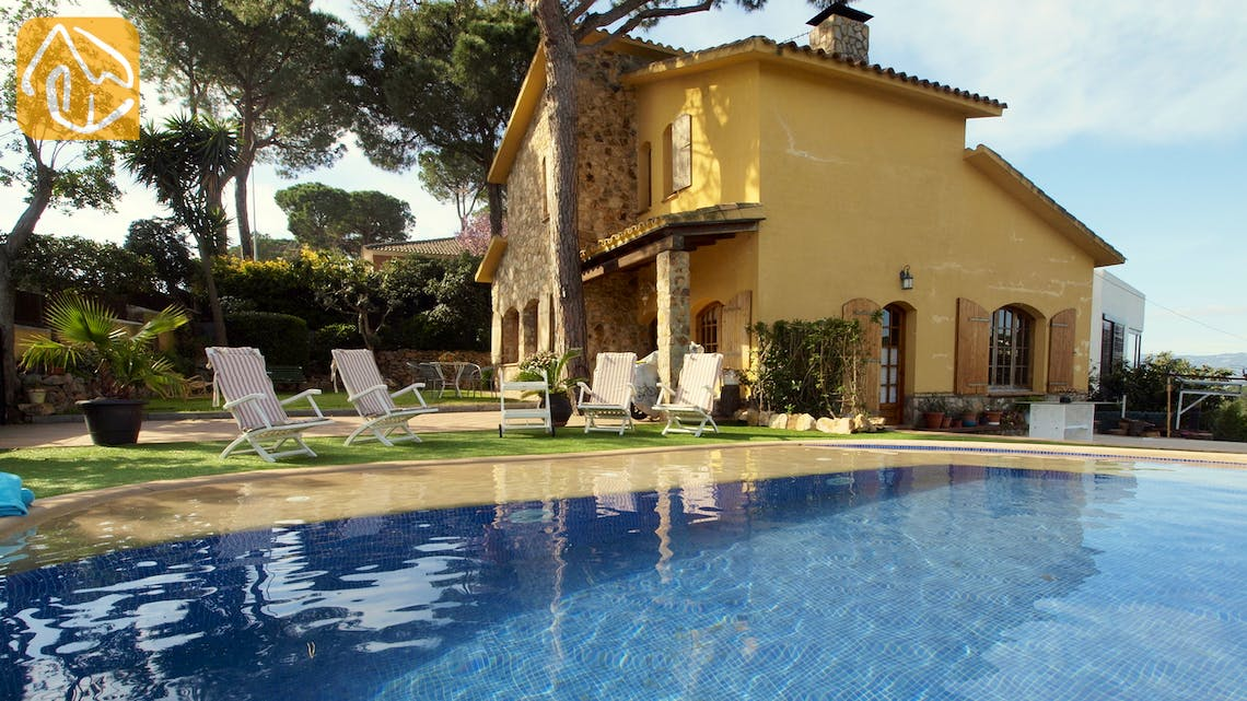 Holiday villas Costa Brava Spain - Villa Daniele - Villa outside