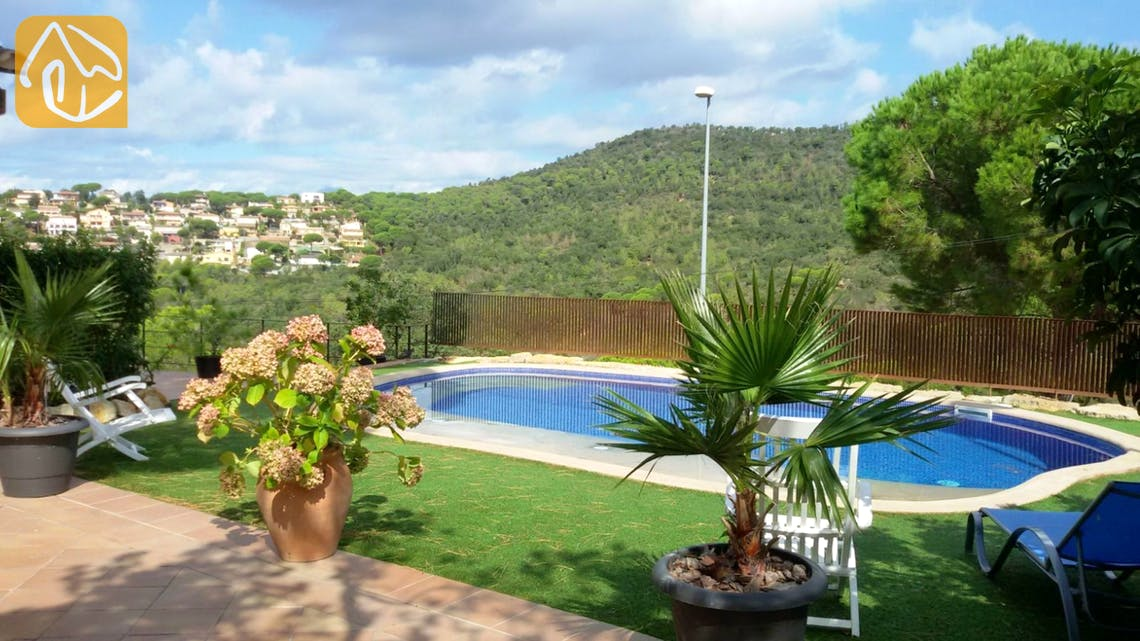 Holiday villas Costa Brava Spain - Villa Daniele - Swimming pool