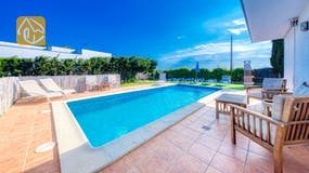 Holiday villa Costa Brava Spain - Villa Yara - Swimming pool