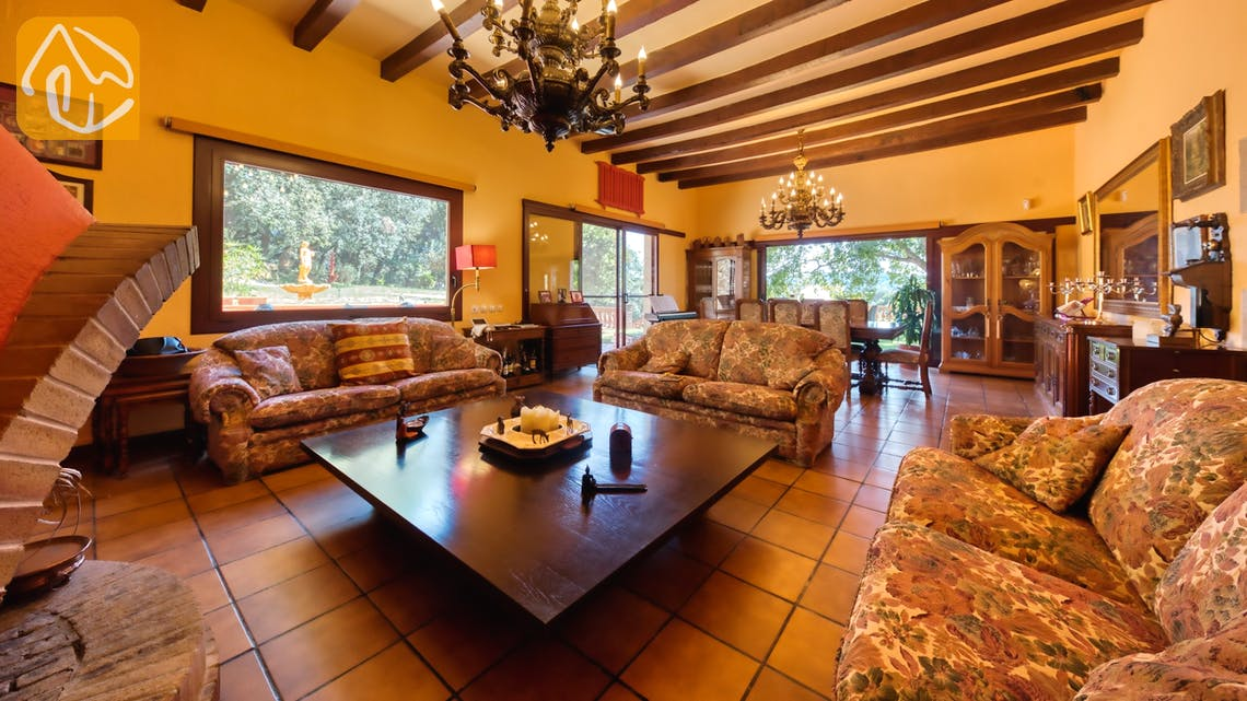 Holiday villas Costa Brava Spain - Villa Paradise - Living room