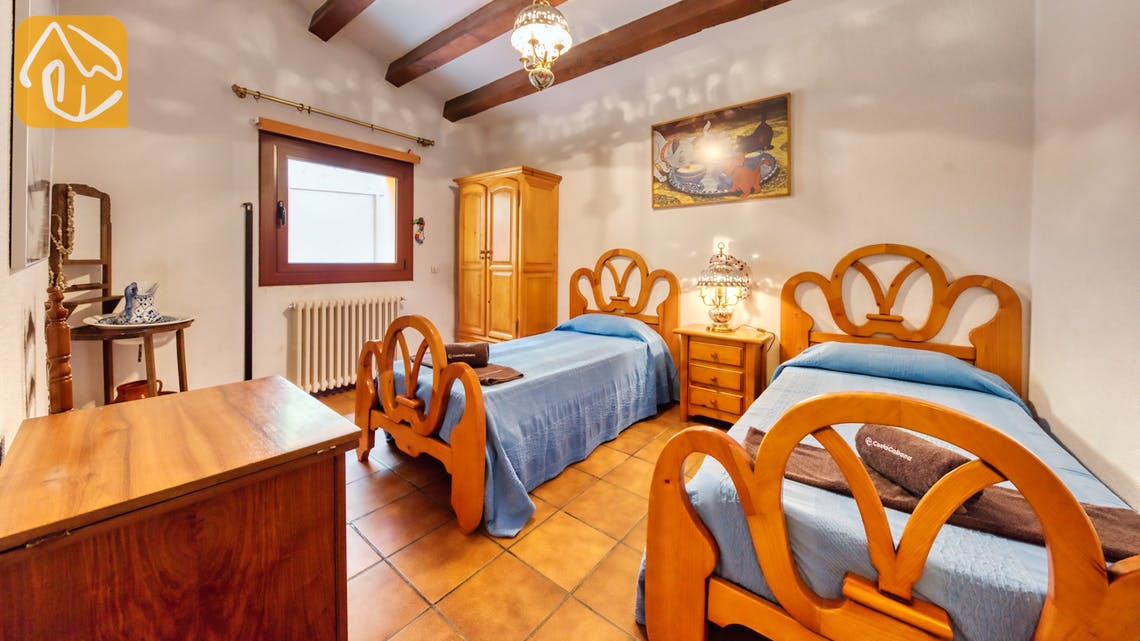 Holiday villas Costa Brava Spain - Villa Paradise - Bedroom