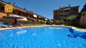 Holiday villas Costa Brava Spain - Apartment Delylah - Communal pool