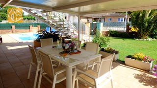 Holiday villas Costa Brava Spain - Villa Rafaella - Dining area