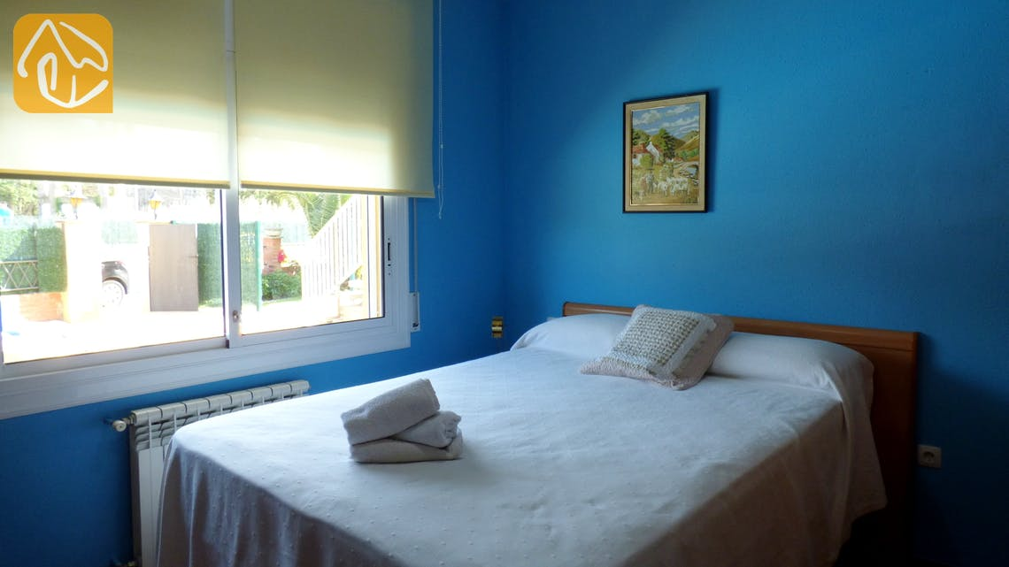 Holiday villas Costa Brava Spain - Villa Rafaella - Bedroom