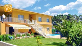 Holiday villas Costa Brava Spain - Villa Rafaella - Villa outside