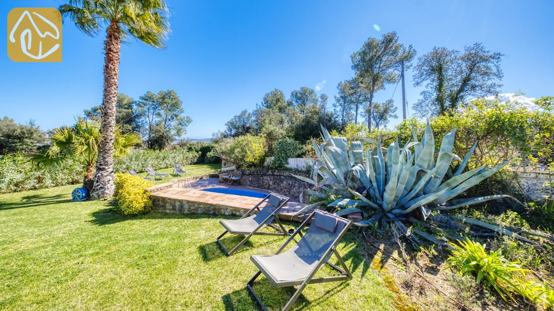 Holiday villas Costa Brava Countryside Spain - Villa Racoon - Garden