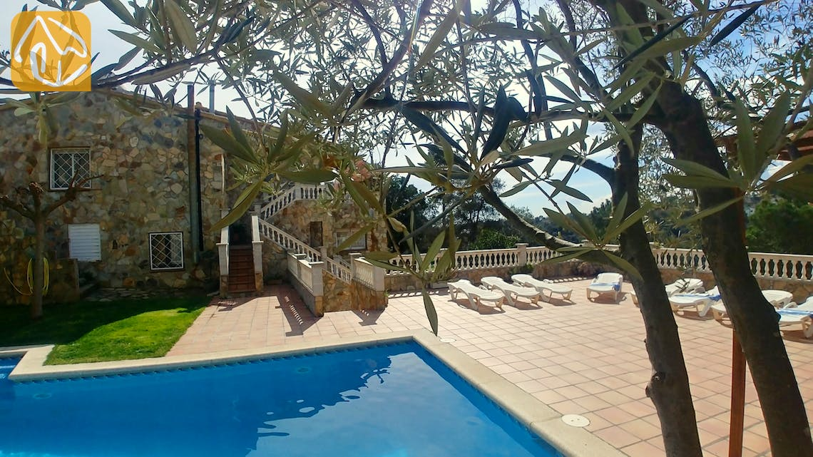 Holiday villas Costa Brava Spain - Villa Zarah - Garden