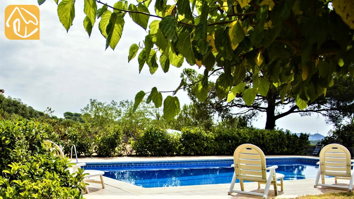 Holiday villas Costa Brava Spain - Villa Tiara - Swimming pool