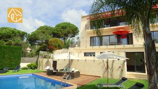 Holiday villas Costa Brava Spain - Villa Dulcinea - Villa outside
