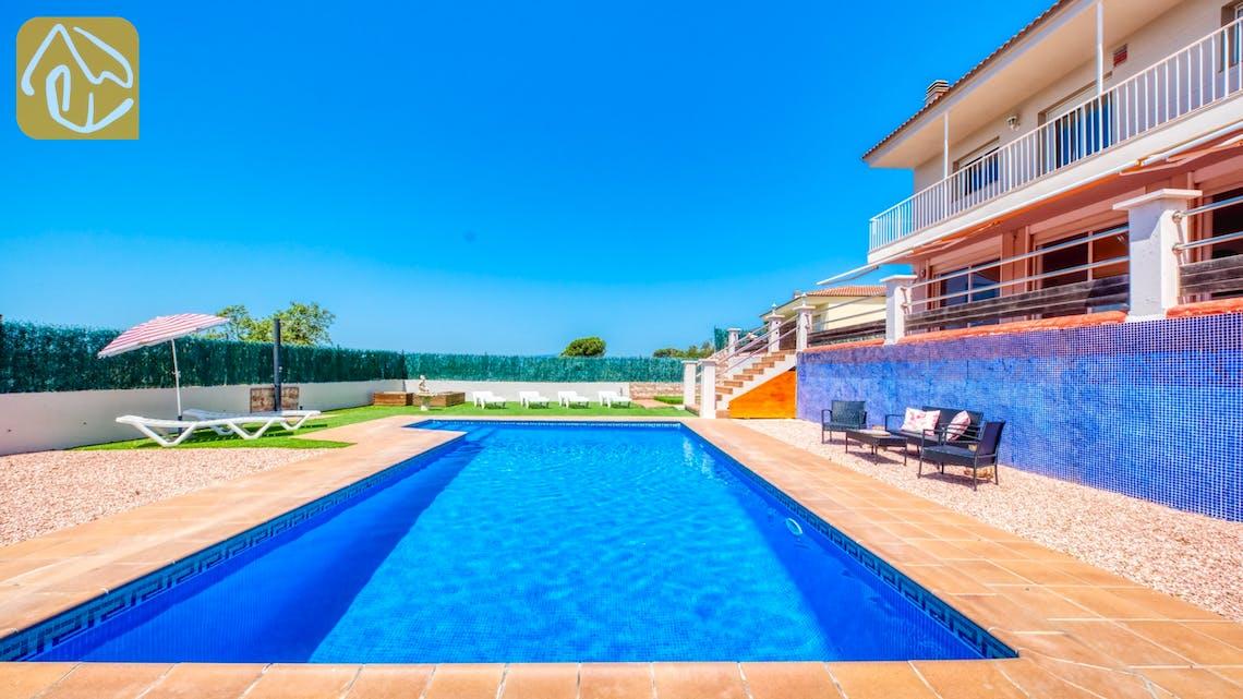 Holiday villas Costa Brava Spain - Villa Dominique - Swimming pool