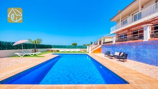 Holiday villas Costa Brava Spain - Villa Dominique - Swimming pool