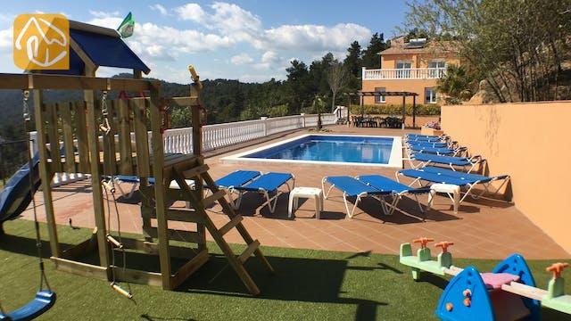 Holiday villas Costa Brava Spain - Villa Marimuntanya -
