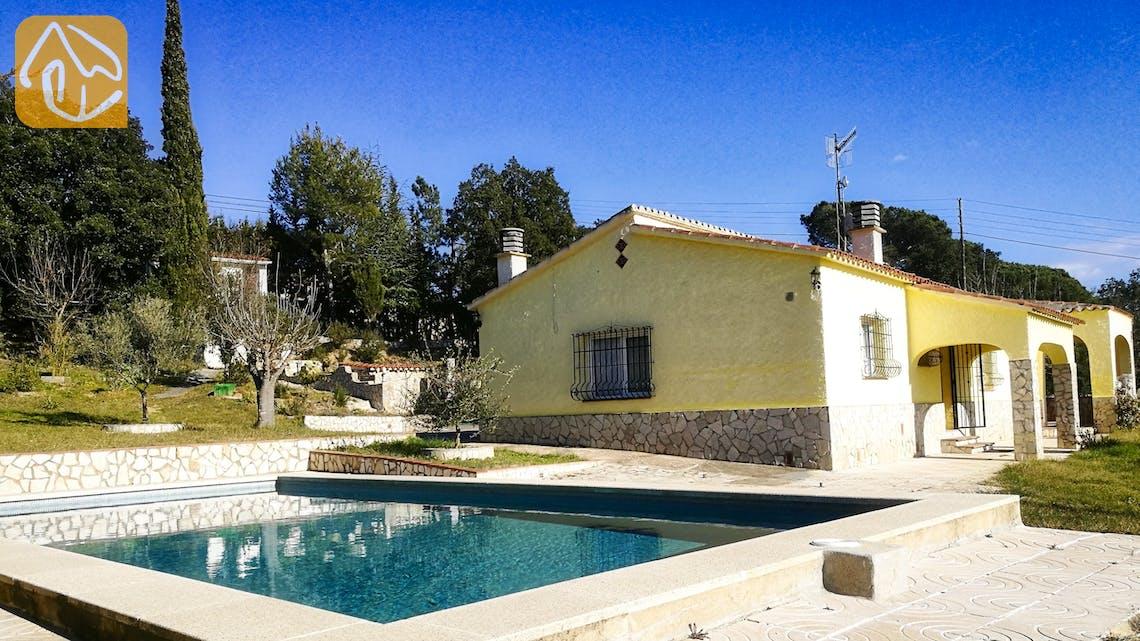 Holiday villas Costa Brava Spain - Villa Minta - Swimming pool