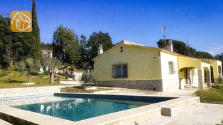 Holiday villas Costa Brava Spain - Villa Minta - Swimming pool