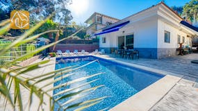 Holiday villa Costa Brava Spain - Villa Zarita - Swimming pool
