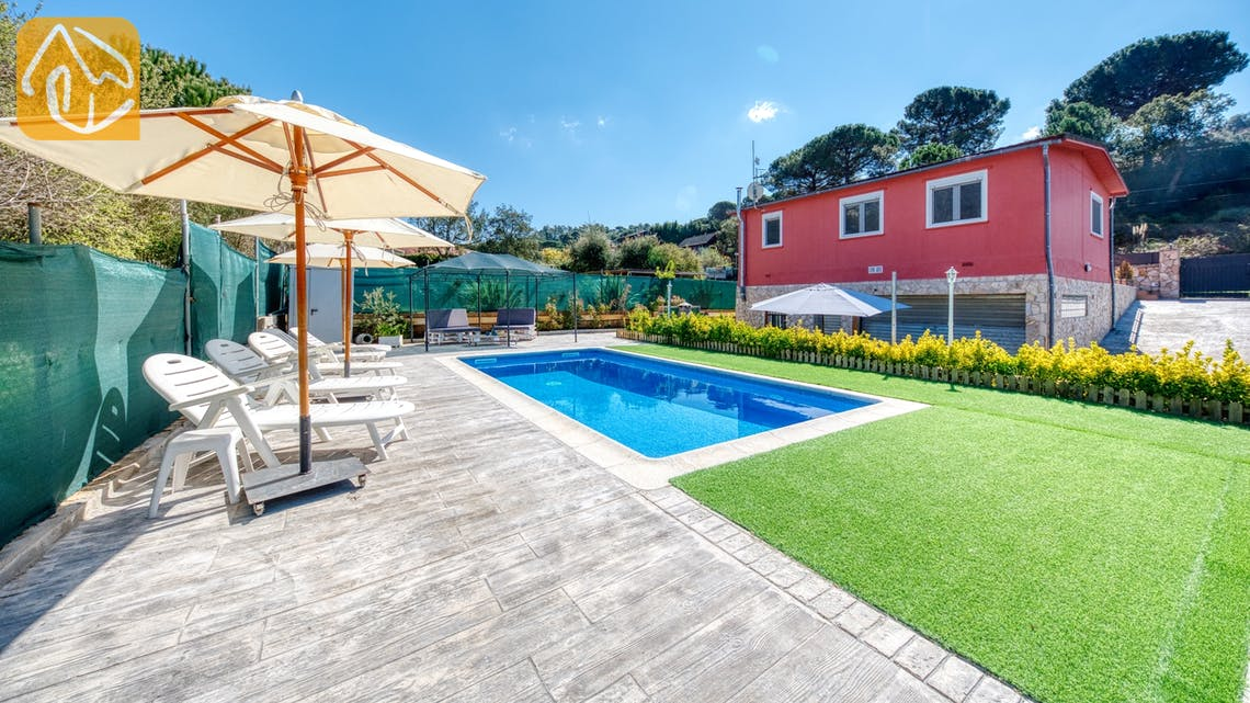 Holiday villas Costa Brava Spain - Villa Pilarillo - Swimming pool