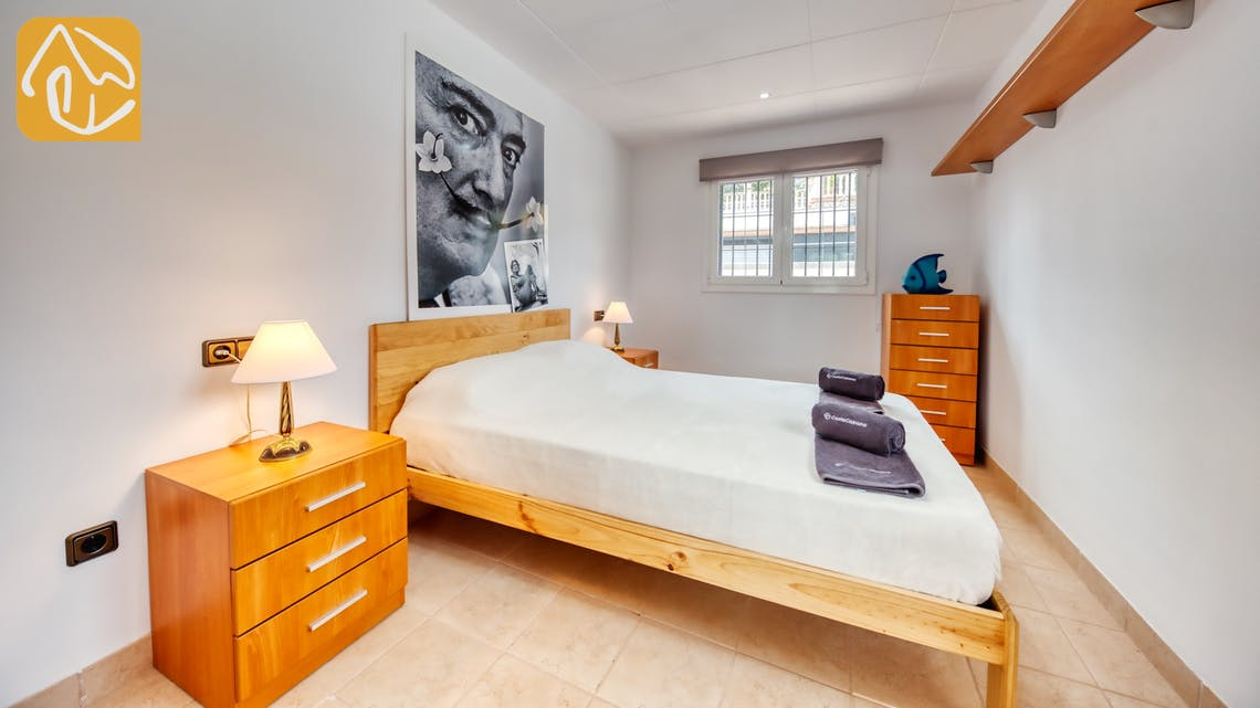 Holiday villas Costa Brava Spain - Villa Amora - Bedroom