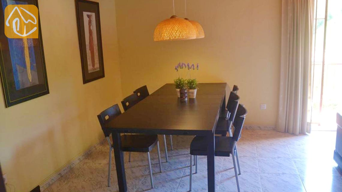 Holiday villas Costa Brava Spain - Villa Whitney - Dining area