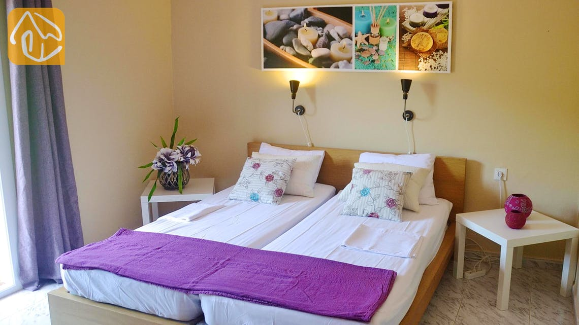Holiday villas Costa Brava Spain - Villa Whitney - Bedroom