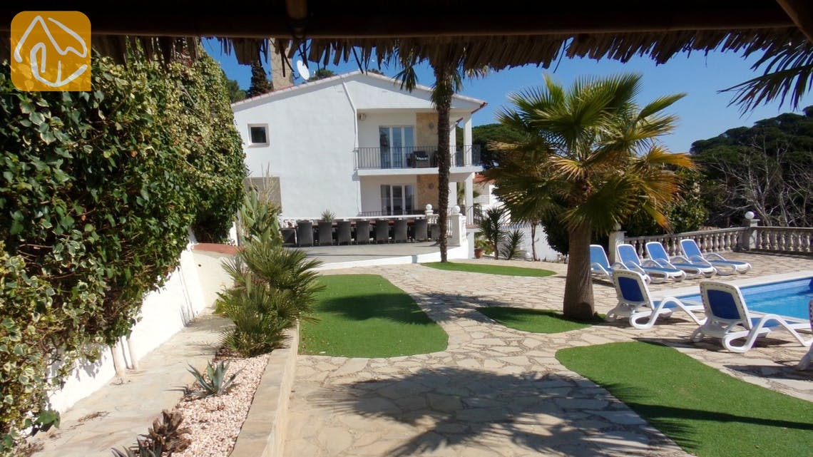 Ferienhäuser Costa Brava Spanien - Villa Tropical - Terrasse