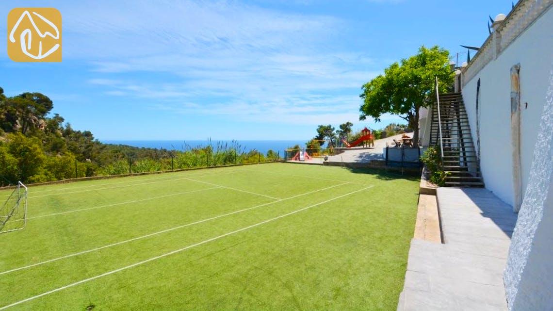 Holiday villas Costa Brava Spain - Villa Tropicana - Swimming pool