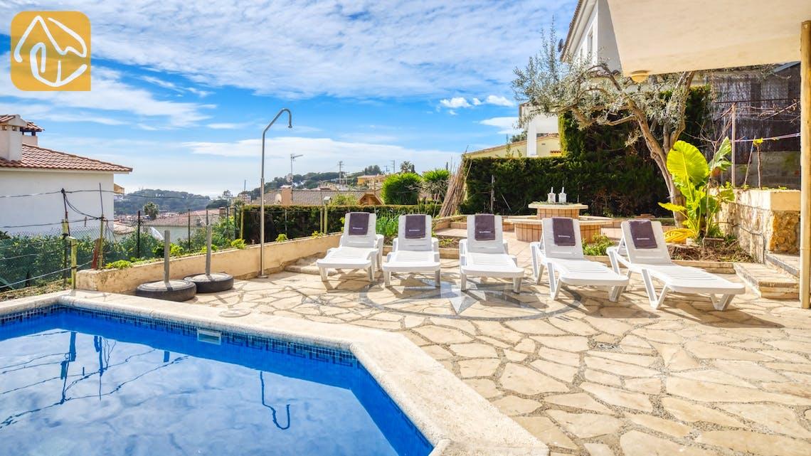 Casas de vacaciones Costa Brava España - Villa Janet - Tumbonas