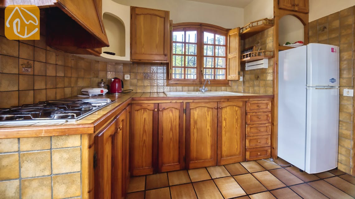Holiday villas Costa Brava Spain - Villa Janet - Kitchen