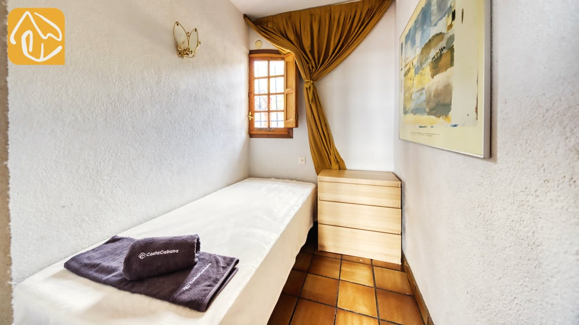 Holiday villas Costa Brava Spain - Villa Janet - Bedroom