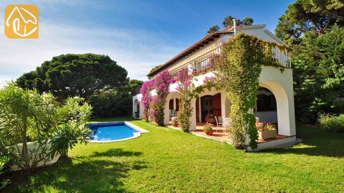 Holiday villas Costa Brava Spain - Villa Luna Blanca -