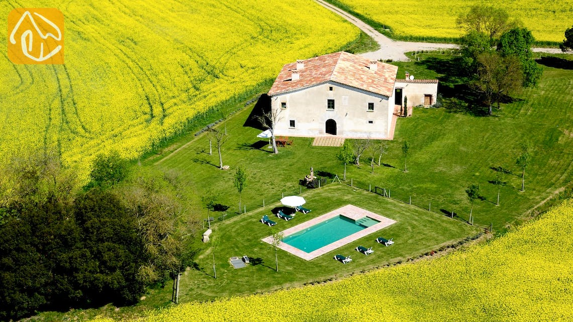 Holiday villas Costa Brava Countryside Spain - Can Rioja - Villa outside