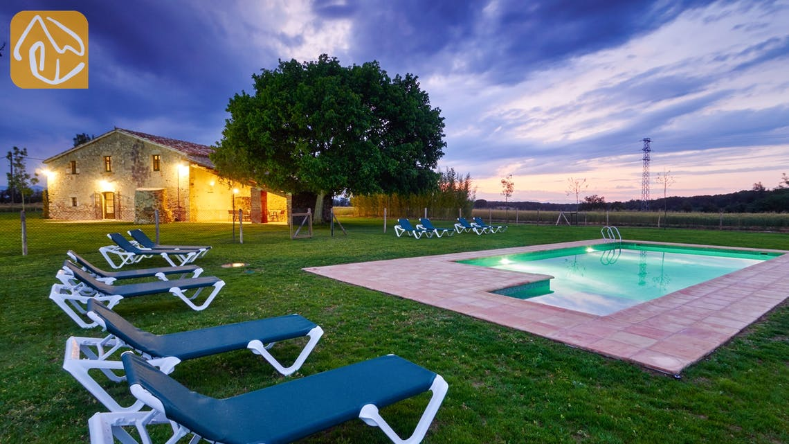 Holiday villas Costa Brava Countryside Spain - Can Magenta - Swimming pool