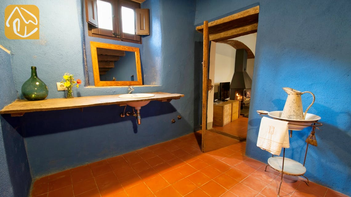 Holiday villas Costa Brava Spain - Can Amarillo - Bathroom