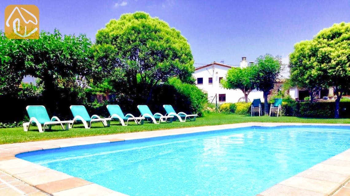 Holiday villas Costa Brava Countryside Spain - Can Mica - Swimming pool