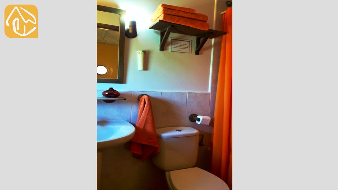 Holiday villas Costa Brava Countryside Spain - Can Mica - Bathroom
