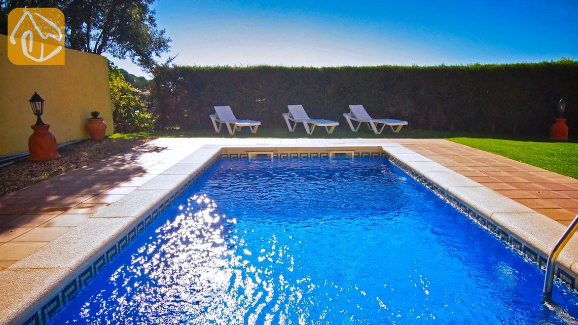 Ferienhäuser Costa Brava Spanien - Villa Nola - Schwimmbad