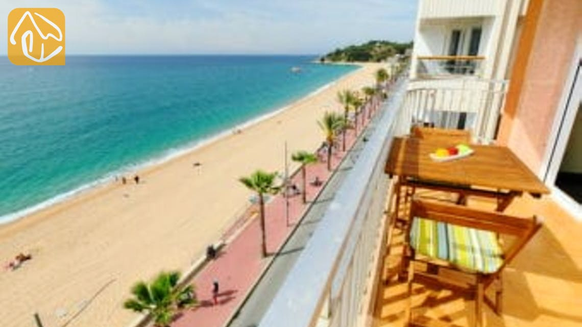 Holiday villas Costa Brava Spain - Apartment Saint Tropez - One of the views