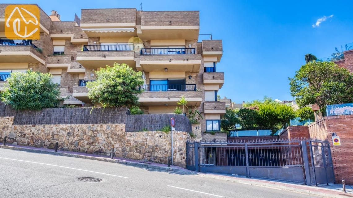 Casas de vacaciones Costa Brava España - Apartment Monaco - Street view arrival at property