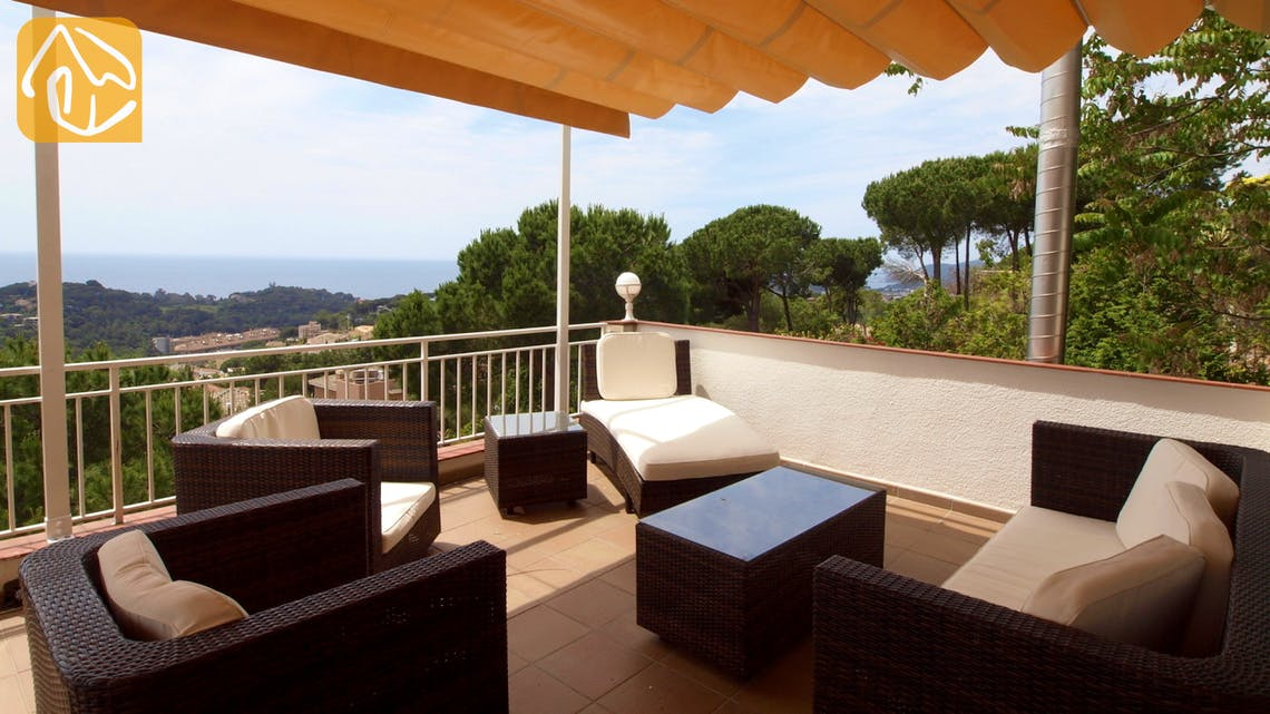 Holiday villas Costa Brava Spain - Villa Dolphina - Terrace