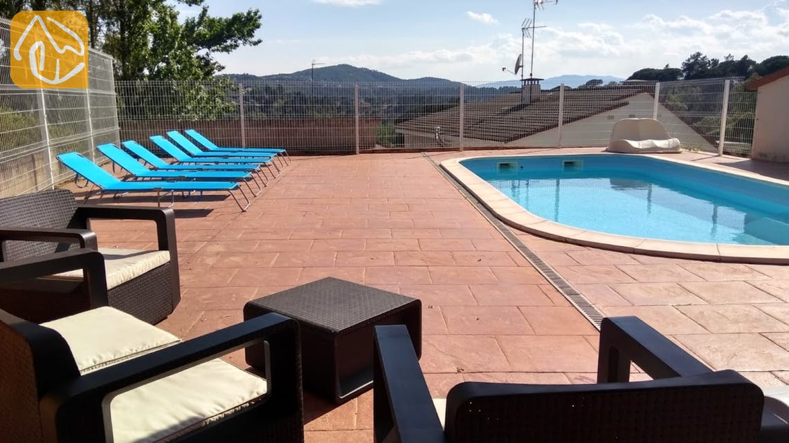 Holiday villas Costa Brava Spain - Villa Ingrid - Swimming pool
