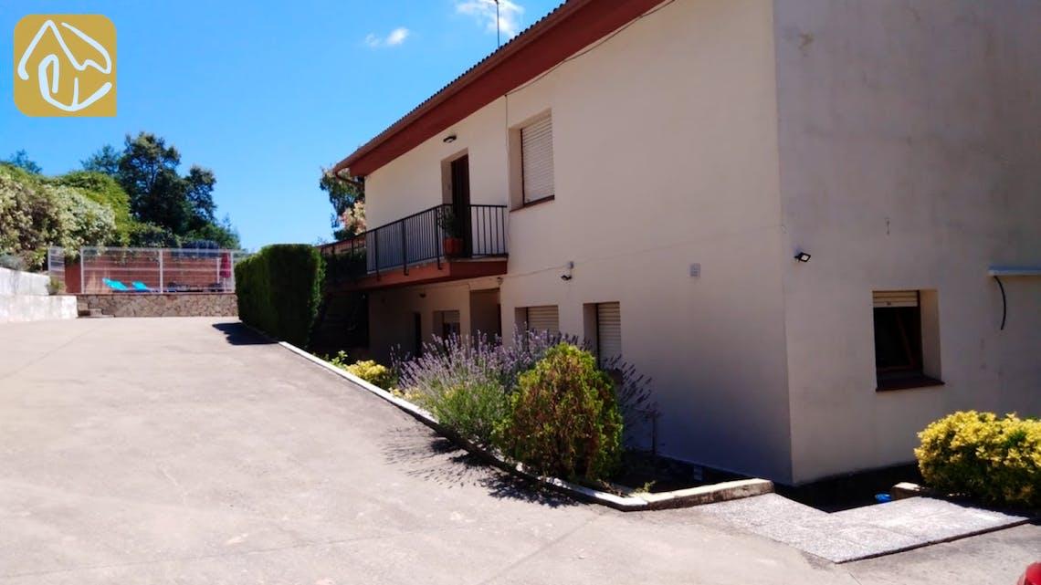 Holiday villas Costa Brava Spain - Villa Ingrid - Villa outside