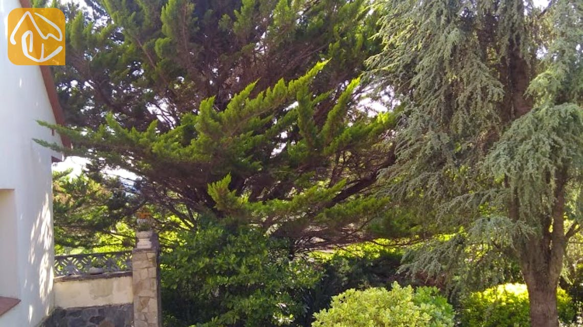Holiday villas Costa Brava Spain - Villa Ingrid - Garden